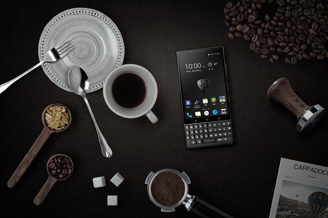 黑莓全键盘AI手机KEY2发布:国内售价3999元起