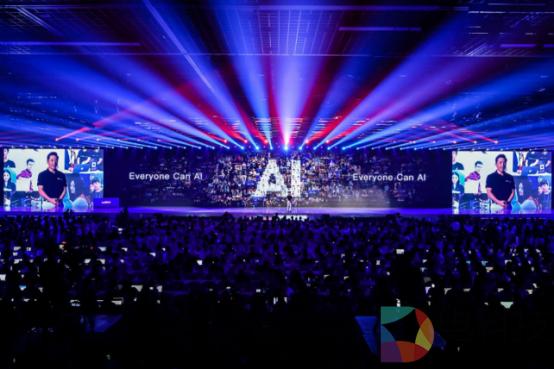 福布斯等外媒:百度成为全球AI算法进步的重要推动器