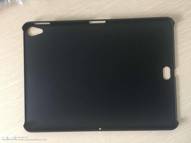 新iPad Pro现神秘开孔 Smart Connector或移至底部