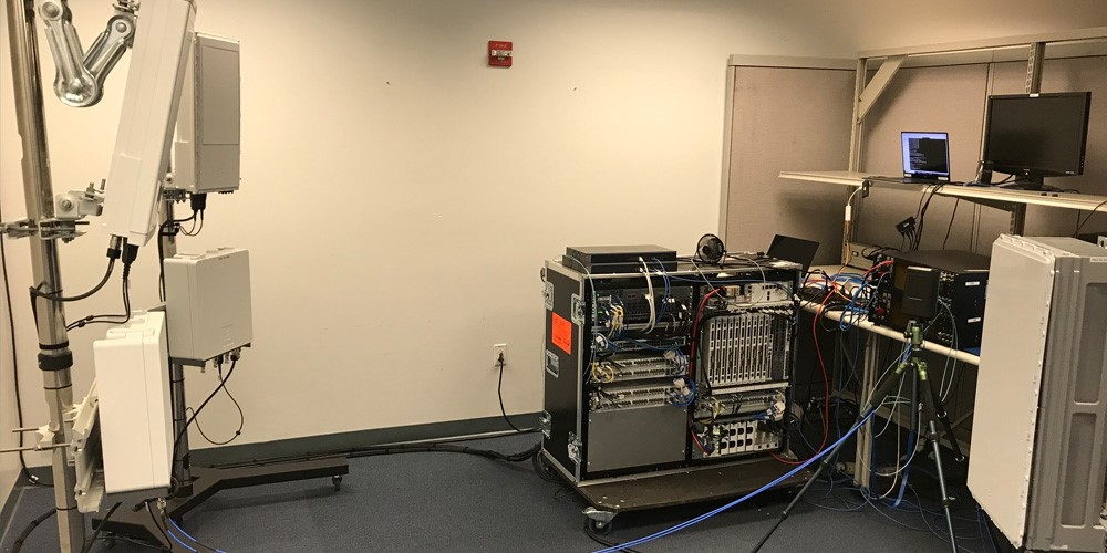 英特尔和爱立信实现3GPP NR标准下首个基于39GHz频谱的端到端数据呼叫