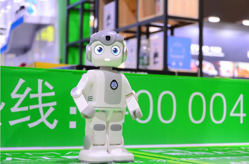 顺应时代发展趋势点燃梦想风帆——腾玛人工智能新品发布