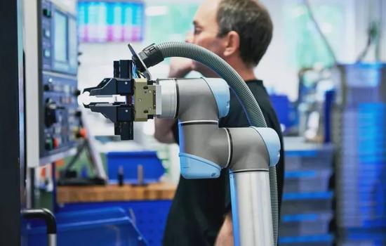 谷歌机器人业务重组 花里胡哨没有用 要做实干家