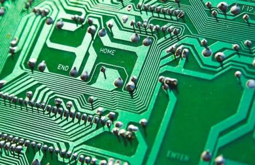 依图率先入局,AI算法独角兽为什么要做芯片?