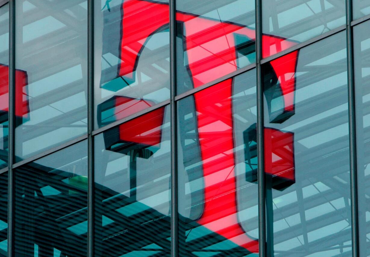 美国各州正在寻求阻止T-Mobile和Sprint提出的265亿美元合并计划