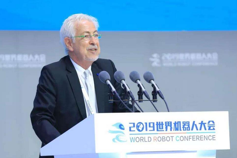 我国机器人市场规模42.5亿美元 占全球市场近三成