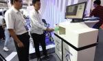 自动分类垃圾桶亮相机器人大会,0.2秒识别出垃圾种类