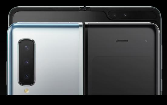 折叠屏手机大热,三星Galaxy Fold向内折叠方案更科学安全