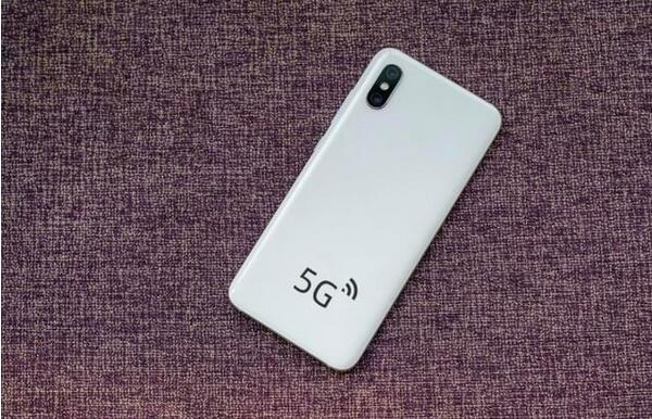 5G手机成标配 新品频出、赛道渐拥挤