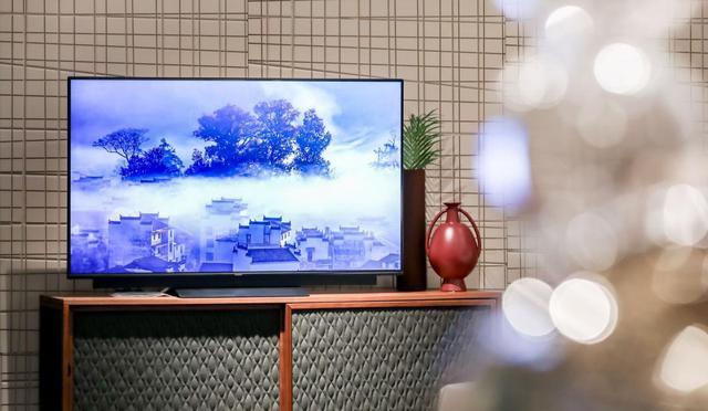 华为智慧屏 V55i今日发布 搭载AI微光摄像头支持多方视频通话