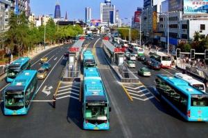 人工智能和物联网使公共交通更加智能和安全