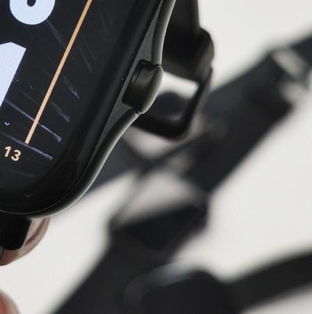 表冠设计别出心裁,华米新款智能手表外观曝光,或于9月15日发布
