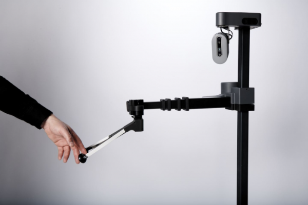 前谷歌机器人主管打造出能够灵活延伸的辅助机器人