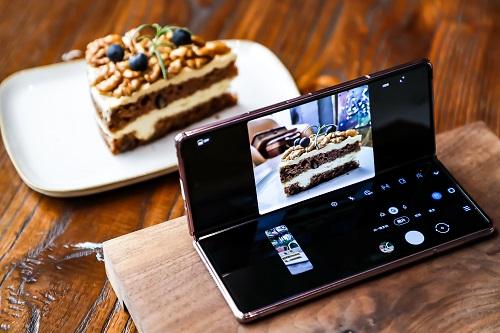 三星Galaxy Z Fold2 5G 让科技更具艺术气息