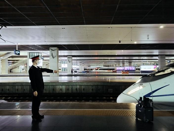 高铁速度演绎中国创新奇迹