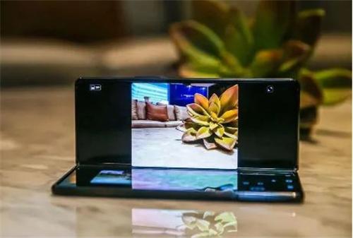 玩转手机新花样 三星Galaxy Z Fold2 5G评测
