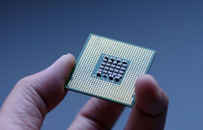 """国产芯片传""""捷报"""",新技术已被验证,光刻机不是唯一选择"""