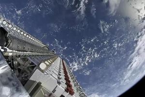 SpaceX与NASA签约 星链卫星接近航天器时将主动规避