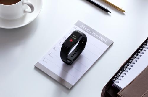录音笔与手环完美融合 讯飞腕式录音笔 R1只需339元