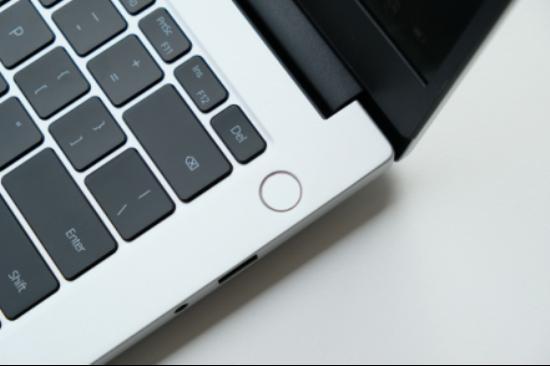 兼顾轻薄时尚和护眼 荣耀MagicBook14锐龙版2021款图赏