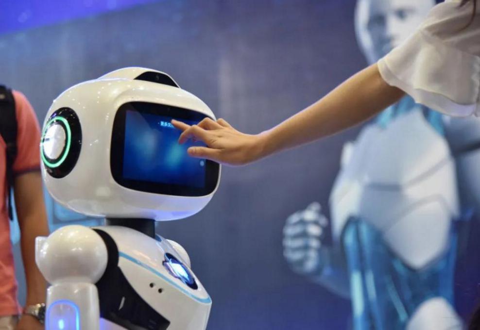 2021受欢迎专业排行榜 人工智能专业蝉联榜首