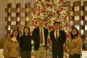 牛津计算机系系主任签约了中国的他山石智库