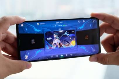 黑鲨4S评测:想要极致游戏体验,买它就对了!